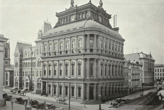 Rochester Savings Bank [PHOTO: Rochester Public Library]